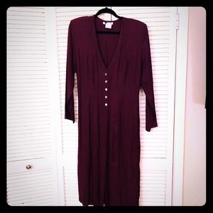 🎉$10 SALE🎉Maroon long sleeve pinup button dress